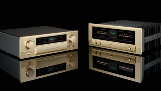 Accuphase C-2150 P-4500